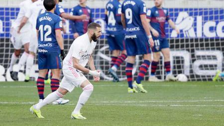 Perayaan Karim Benzema Atas Gol Raphael Varane di Laga Huesca vs Real Madrid. - INDOSPORT