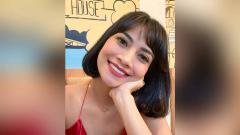 Indosport - Jago Pole Dance, Vanessa Angel Pamer Pose Jungkir Balik