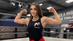 Indosport - Fatima Dudieva petinju asal Rusia.