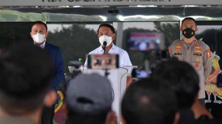 Jumpa pers Menpora Zainudin Amali usai bertemu dengan PSSI di Wisma Kemenpora. - INDOSPORT