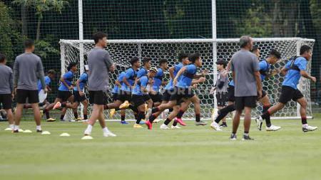 Bali United menunggu kepastian dari Timnas Indonesia U-23 terkait rencana laga uji coba. - INDOSPORT