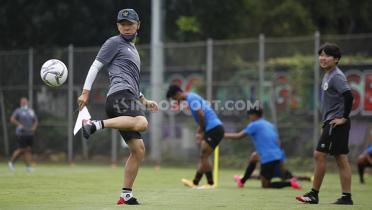 (GALERI FOTO) Skil Memukau Shin Tae-yong di Latihan Timnas SEA Games 2021