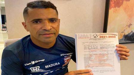 Beto Goncalves resmi kembali memperkuat Madura United dengan perpanjangan kontrak untuk musim 2021. - INDOSPORT