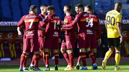 Berikut hasil pertandingan Serie A Italia antara AS Roma vs Udinese, Minggu (14/02/21). Jordan Veretout jadi pahlawan kemenangan yang membawa Roma ke posisi 3. - INDOSPORT