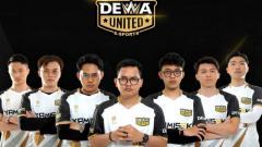 Indosport - Dewa United Esports hanya tinggal selangkah lagi untuk memastikan bermain di MPL Indonesia Season 8.