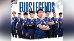 Indosport - EVOS Legend berhasil menjuarai ajang MPL Indonesia Season 7, setelah menaklukkan Bigetron Alpha di babak grand final, Minggu (02/05/21).