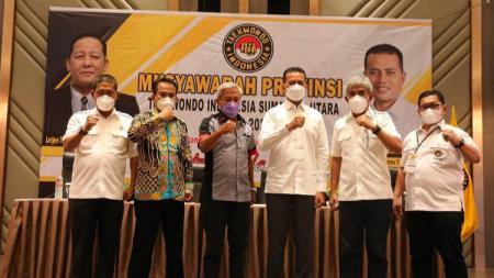 Wakil Gubernur Sumut, Musa Rajekshah, terpilih kembali menjadi Ketum TI Sumut periode 2021-2025. - INDOSPORT
