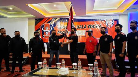 Suporter PSG Pati Bala Yodha menggelar kongres edisi perdana pada Minggu (21/02/21). - INDOSPORT