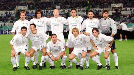 Lazio pernah punya skuat hebat yang tampil di fase gugur Liga Champions 21 tahun lalu. - INDOSPORT