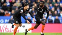 Indosport - Selebrasi pemain Chelsea, Antonio Rudiger dan Andreas Christensen.