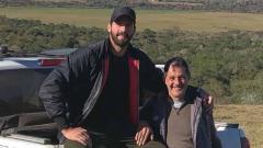 Indosport - Alisson Becker dan sang ayah, José Agostinho Becker.