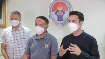 Presenter dan artis nasional Raffi Ahmad resmi miliki tim Liga 2 Indonesia, Cilegon United? - INDOSPORT