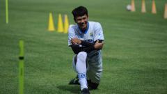 Indosport - Achmad Jufriyanto sudah hadir dalam latihan perdana Persib di Stadion GBLA, Kota Bandung, Senin (01/03/2021).