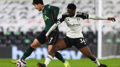 Indosport - Tottenham Hotspur menang tipis karena gol bunuh diri di laga lawan Fulham.