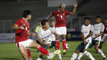 (GALERI FOTO) Uji Coba Rasa Laga Resmi Timnas Indonesia U-23  vs Tira Persikabo