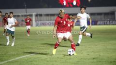 Indosport - Pelatih Timnas Indonesia, Shin Tae-yong, memberikan penilaian khusus untuk penampilan striker Arema FC, Kushedya Hari Yudo di pemusatan latihan dan dua uji coba.