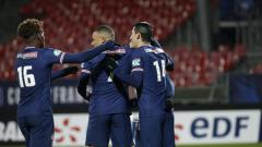 Indosport - Para pemain PSG merayakan kemenangannya atas Brest di Coupe de France.