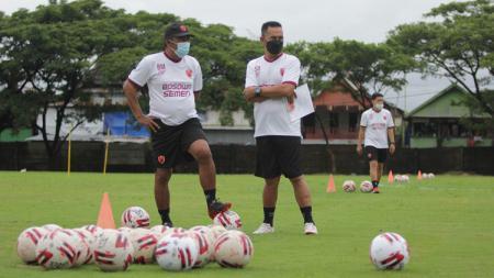 PSM Makassar menggelar latihan perdana di Bosowa Sport Center, Minggu (7/3/21). - INDOSPORT