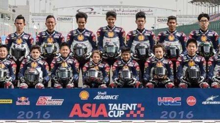 Para pembalap yang menjadi peserta Asia Talent Cup 2016, termasuk Andi - INDOSPORT