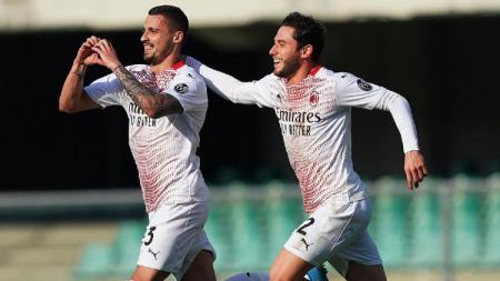 Selebrasi Rade Krunic usai mencetak gol di laga Hellas Verona vs AC Milan - INDOSPORT