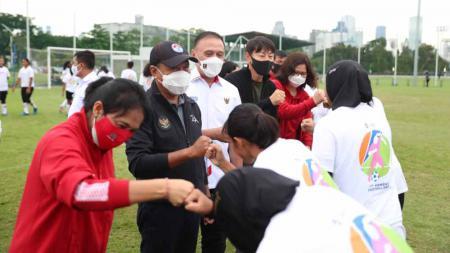 Timnas Putri Indonesia merayakan Women International day. - INDOSPORT
