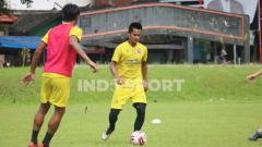 Indosport - Muhammad Roby, bek anyar Arema FC.