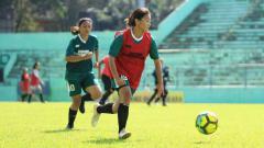 Indosport - Suasana seleksi Bhayangkara Solo Putri jelang Liga 1 Putri.
