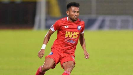 Lewati Hadangan Ryuji Utomo, Saddil Ramdani Cetak Gol Indah di Liga Super Malaysia 2021. - INDOSPORT