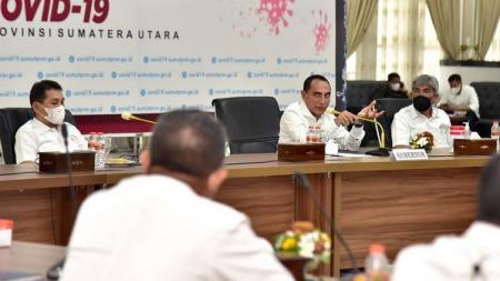 Gubernur Sumut, Edy Rahmayadi, saat bertemu jajaran KONI Sumut dan para mantan atlet Sumut berprestasi di Rumah Dinas Gubernur Sumut, Medan, Kamis (18/3/21). - INDOSPORT
