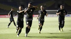 Skuat PSIS Semarang saat menghadapi Barito Putera pada fase grup A Piala menpora 2021.