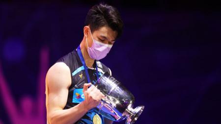 Bintang bulutangkis Malaysia, Lee Zii Jia kembali menjadi sorotan setelah dirinya dihadiahi saham ratusan juta usai juarai All England 2021. - INDOSPORT
