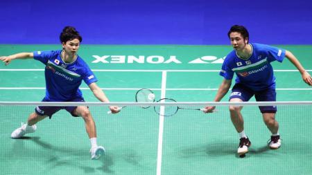 Federasi Bulutangkis Dunia (BWF) tidak sungkan untuk menyebut pasangan Jepang, Hiroyuki Endo/Yuta Watanabe sebagai penantang garis depan medali emas Olimpiade. - INDOSPORT