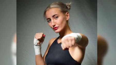 Olga Gurova, petinju wanita asal Rusia. - INDOSPORT