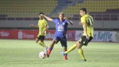 Indosport - Laga Barito Putera melawan Arema FC pada fase grup A Piala Menpora 2021.