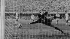 Indosport - Pertandingan Bulgaria vs Italia di ajang Euro 1968