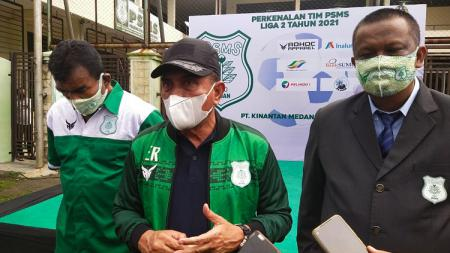 Edy Rahmayadi saat menyambangi markas PSMS Medan. - INDOSPORT