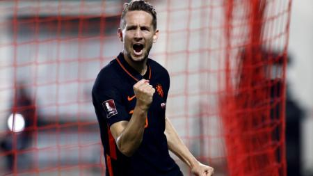 Luuk de Jong merayakan gol kemenangan Belanda atas Gibraltar - INDOSPORT