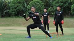 Indosport - Kiper baru Sriwijaya FC, Hendra Molle.