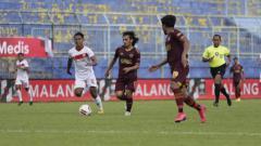 Indosport - Salah satu aksi Borneo FC di Piala Menpora 2021.