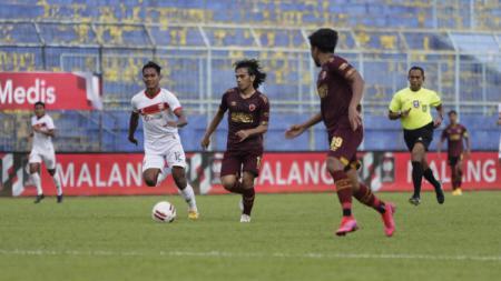 Salah satu aksi Borneo FC di Piala Menpora 2021. - INDOSPORT