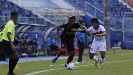 Suasana pertandingan Piala Menpora 2021 antara PSM vs Borneo FC. - INDOSPORT