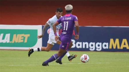 Suasana pertandingan Piala Menpora yang mempertemukan Persita dengan Bali United. - INDOSPORT