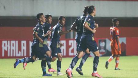 Selebrasi para pemain Persib Bandung usai Wander Luiz mencetak gol ke gawang Persiraja. - INDOSPORT