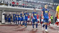 Indosport - Nasib berbeda dialami oleh dua pemain Indonesia, Natanael Siringoringo dan Saddil Ramdani, di ajang Piala Malaysia 2021.