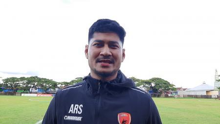 Bek senior klub ibu kota asal Sulawesi Selatan PSM Makassar, Abdul Rachman, mengungkapkan kondisinya saat ini setelah satu setengah tahun menepi karena cedera. - INDOSPORT