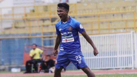 Pemain Persiraja Banda Aceh, Assanur Rijal 'Torres'. - INDOSPORT