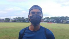 Indosport - Bek anyar klub Liga 1 PSM Makassar, Erwin Gutawa.