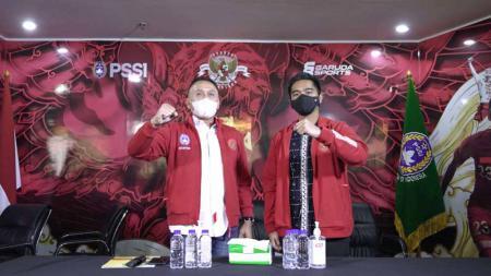 Ketum PSSI Mochammad Iriawan menerima kunjungan Kaesang Pangarep. - INDOSPORT