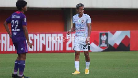 Gelandang Bali United, Muhammad Sidik Saimima. - INDOSPORT