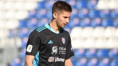 Indosport - Guglielmo Vicario, Kiper Debutan Milik Cagliari